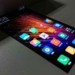 Xiaomi con MIUI 8 y pantalla flexible en vídeo